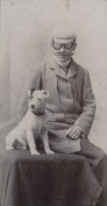 il Dr. Barbanera con il suo cane